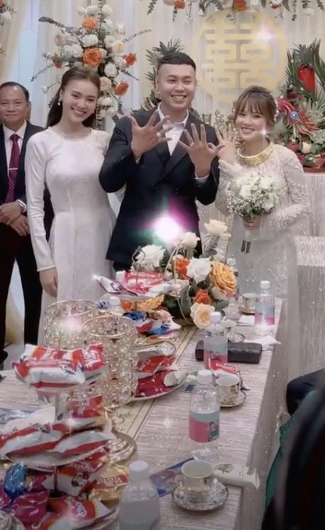 Diện áo dài dự đám cưới em trai, Lan Ngọc khiến netizen ngẩn ngơ vì nhan sắc xinh đẹp, sợ chiếm luôn spotlight của nhân vật chính - ảnh 4