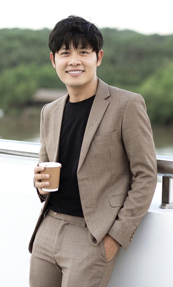 Nathan Lee cuối cùng cũng tiết lộ danh tính người được cho là tố Ngọc Trinh sống ảo chuyện mua đất - ảnh 2