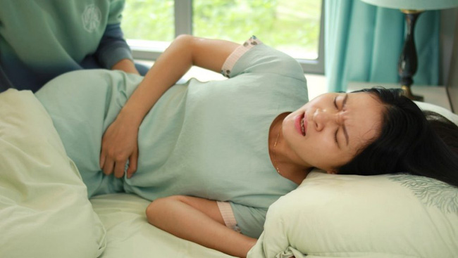 Hệ tiêu hóa đang lên tiếng kêu cứu nếu cơ thể xuất hiện 5 dấu hiệu sau: Điều số 3 ai cũng thường bỏ qua - ảnh 1