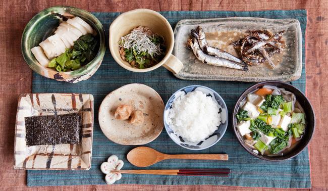 Nhật Bản có một tỉnh mệnh danh là vùng đất của người sống thọ nhất thế giới: Bí quyết của họ là 4 kiểu ăn uống mà ai cũng có thể học theo - ảnh 3