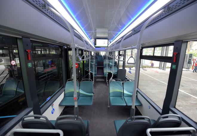 Ảnh: VinBus chính thức khai trương, đưa vào vận hành tuyến xe buýt điện thông minh đầu tiên của Việt Nam - ảnh 3