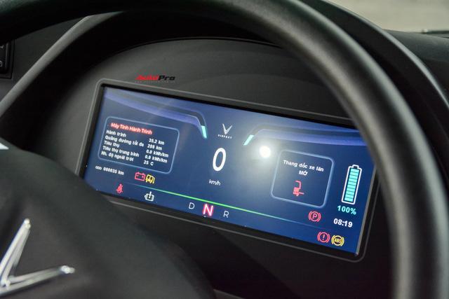Trải nghiệm VinBus tại Hà Nội: Nhiều tính năng thông minh, tự nâng/hạ gầm, WiFi miễn phí, giá như buýt thường - ảnh 8