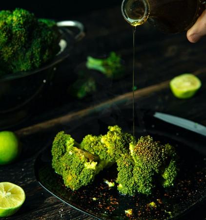 5 loại rau củ bạn nhất định phải ăn nếu muốn giảm cân và cải thiện thể lực, loại nào cũng khá dễ tìm - ảnh 1