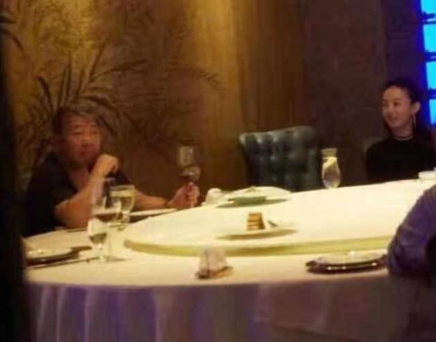 SỐC: Phùng Thiệu Phong tung clip ngoại tình của Triệu Lệ Dĩnh với đạo diễn 67 tuổi, nữ diễn viên khóc lóc xin lỗi - ảnh 3