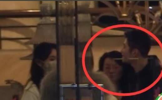 SỐC: Phùng Thiệu Phong tung clip ngoại tình của Triệu Lệ Dĩnh với đạo diễn 67 tuổi, nữ diễn viên khóc lóc xin lỗi - ảnh 4