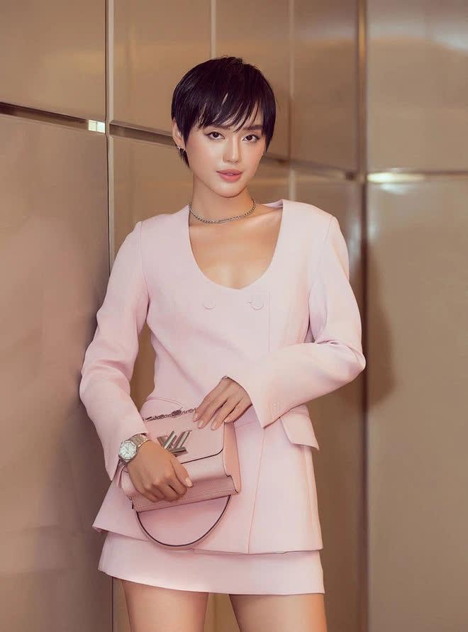 Hết Châu Bùi, đến lượt Cô em Trendy Khánh Linh bị bóc phốt làm KOL kém chuyên, dùng iPhone đăng story quảng cáo Samsung - ảnh 1