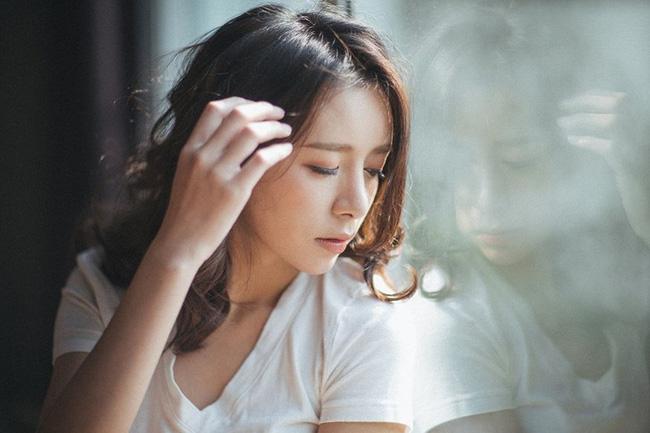 Đang bị đau bụng kinh, phụ nữ cần phải tránh 5 món sau nếu không muốn tử cung và nhan sắc tụt dốc sớm - ảnh 1
