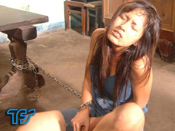 5 hoa hậu oanh tạc màn ảnh Việt: Khánh Vân vào vai gái lẳng lơ chưa sốc bằng nữ sinh nghiện ngập Mai Phương Thúy - Ảnh 11.