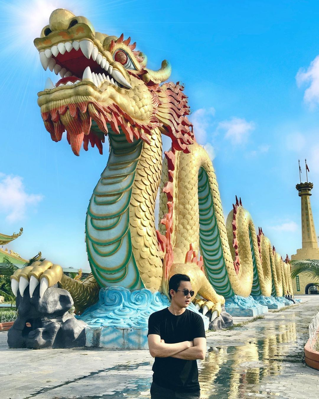 7 khu du lịch khét tiếng nhất Việt Nam: Đại Nam của bà Phương Hằng nắm giữ nhiều kỷ lục khủng, những chỗ còn lại cũng không kém cạnh - Ảnh 3.