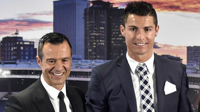 Ronaldo lộ động thái nhảy việc ở tuổi 36 - ảnh 2