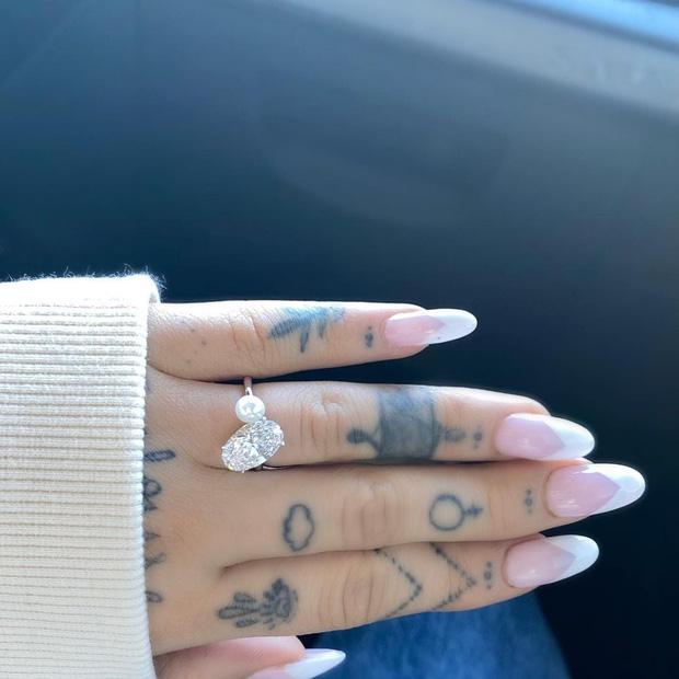 HOT: Ariana Grande bí mật tổ chức đám cưới với doanh nhân bất động sản chỉ sau 5 tháng được cầu hôn - ảnh 4