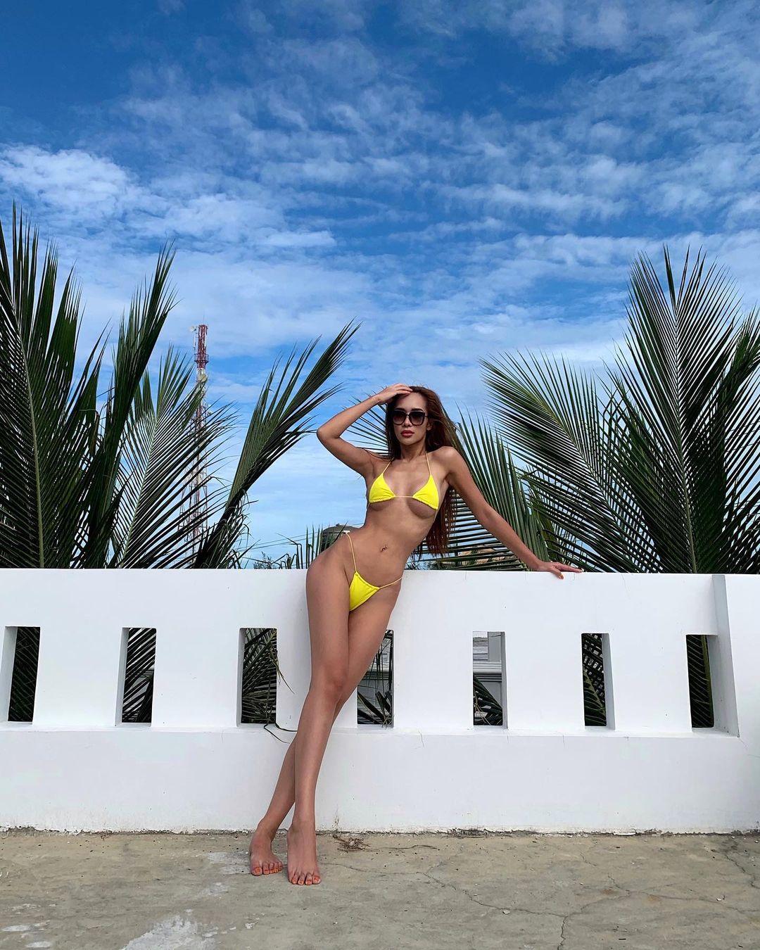 Có 1 kiểu bikini chỉ bé bằng 2 bàn tay của em đây em múa cho mẹ xem nhưng từ netizen tới sao Việt đều diện - Ảnh 2.