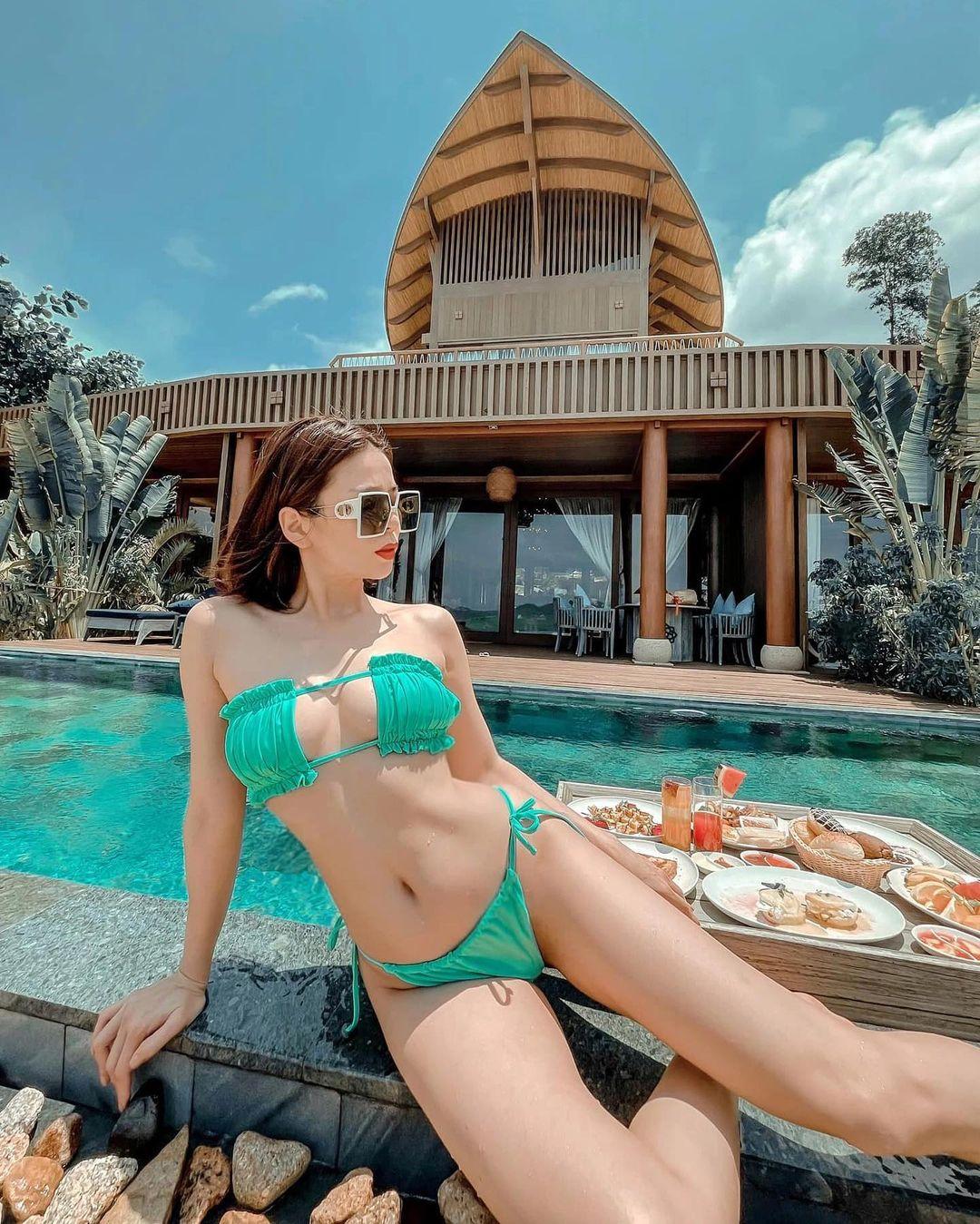 Có 1 kiểu bikini chỉ bé bằng 2 bàn tay của em đây em múa cho mẹ xem nhưng từ netizen tới sao Việt đều diện - Ảnh 8.
