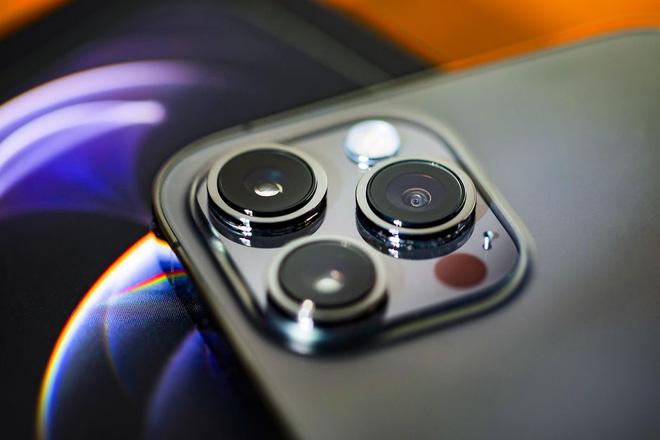 Tính năng cao cấp nhất trên iPhone 12 Pro Max sẽ có trên tất cả các mẫu iPhone 13 - Ảnh 1.