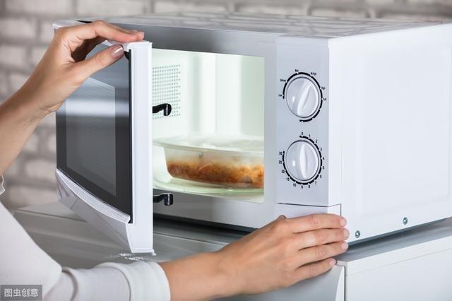 4 sai lầm phổ biến trong việc bảo quản và sử dụng lại thức ăn thừa vào mùa hè mà nhiều người mắc phải - ảnh 4