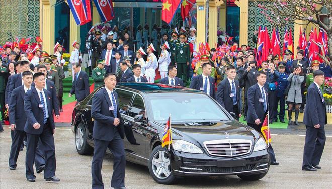 Xâu chuỗi về loại xe đặc biệt yêu thích của anh em ông Kim Jong Un - ảnh 1