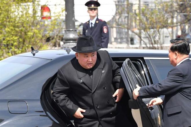 Xâu chuỗi về loại xe đặc biệt yêu thích của anh em ông Kim Jong Un - ảnh 2