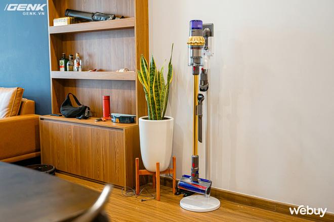 Trải nghiệm máy hút bụi Dyson giá 21 triệu: Nhiều phụ kiện, lắp ghép như LEGO, hút khỏe, chỉ hợp với nhà sang chảnh - ảnh 2