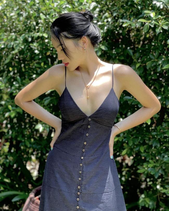 HH Kỳ Duyên mới đổi kiểu váy hai dây: Diện lên hình sống ảo xinh ngây ngất và còn tiết lộ luôn chỗ mua - ảnh 3