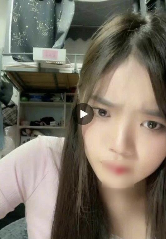 Đang livestream, nữ idol nhăn nhó rồi bất ngờ... hộc máu miệng trước sự bàng hoàng của netizen - ảnh 2