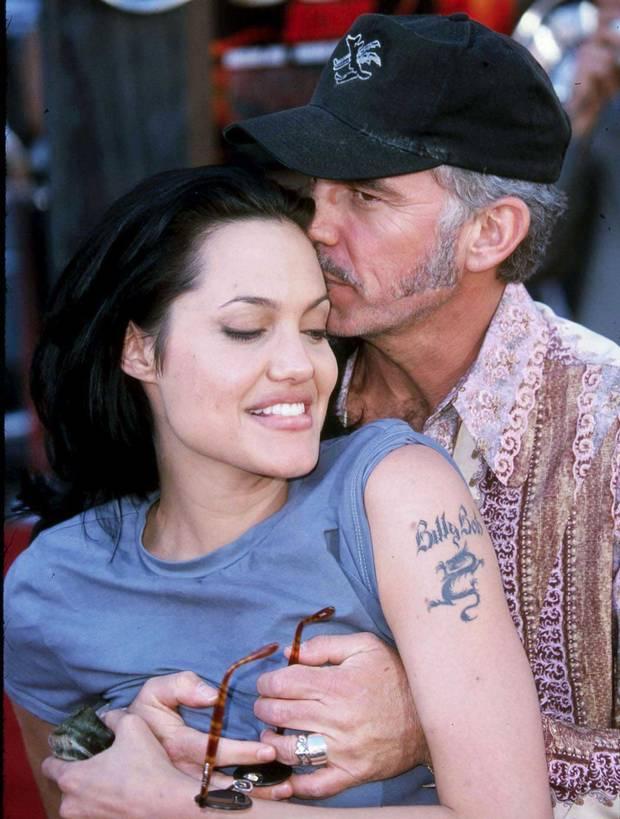 Đời chồng thứ 2 của Angelina Jolie: Nàng lại làm Tuesday, chàng đá hôn thê ngang nhiên cưới nàng và 101 chuyện ân ái gây sốc - ảnh 6
