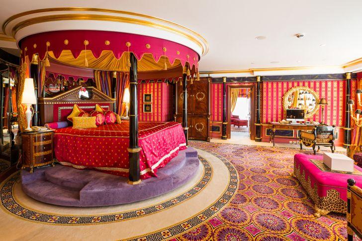 11 điều chỉ khách sạn 7 sao duy nhất trên thế giới này mới có: Vì quá đẳng cấp nên được du khách tặng luôn thêm 2 sao! - Ảnh 8.