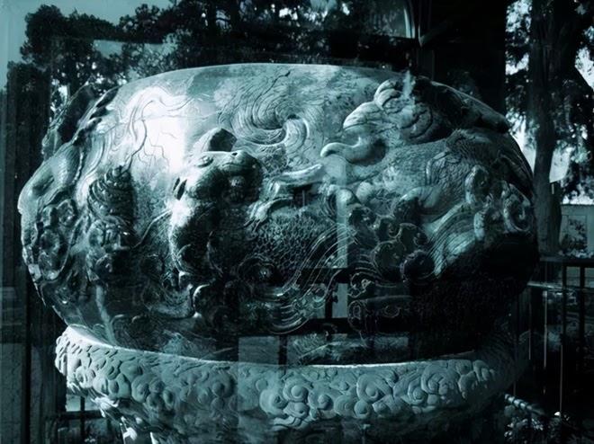 Bảo vật đen đủi nhất: Tạo tác từ 3,5 tấn ngọc quý hiếm rồi làm hũ muối dưa suốt 300 năm - ảnh 5