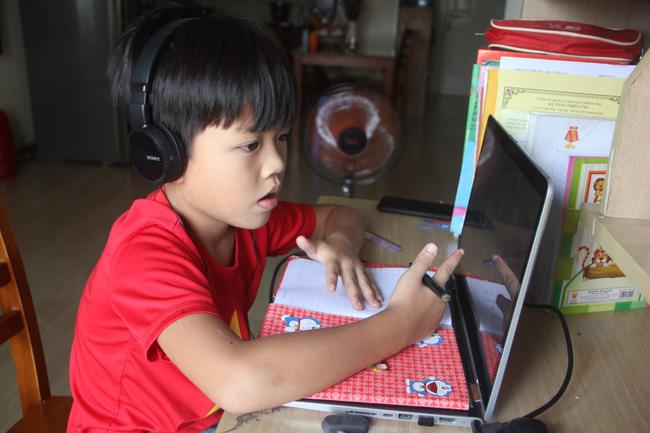 TP.HCM: Không thu học phí trong thời gian nghỉ học phòng dịch - Ảnh 1.