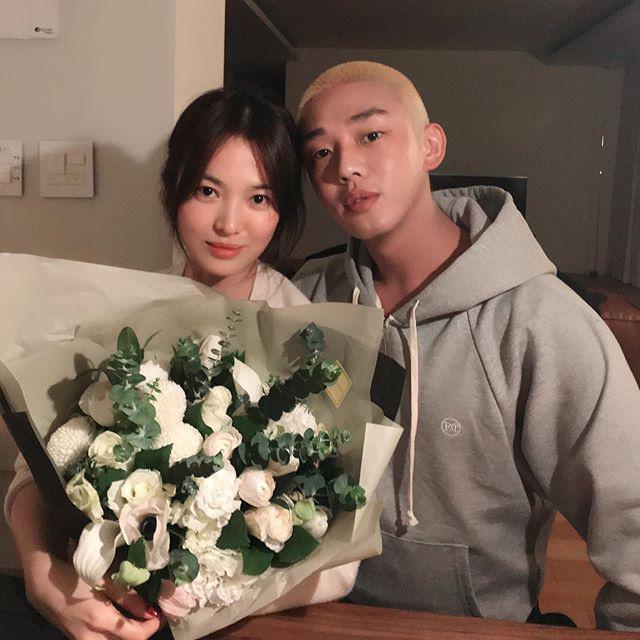 Song Hye Kyo được tặng xe cà phê ủng hộ phim mới, người gửi có liên quan đến chồng cũ Song Joong Ki? - ảnh 8