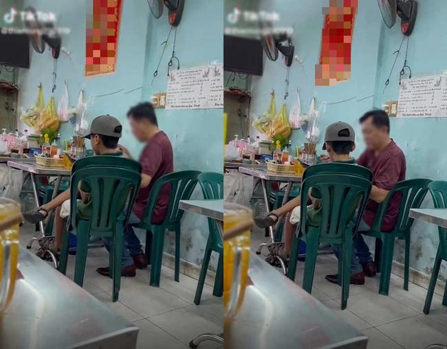 Hai bố con cùng vào quán ăn bún, hành động của ông bố khiến ai nấy thở dài: Yêu con thế này bằng mười hại con - Ảnh 1.