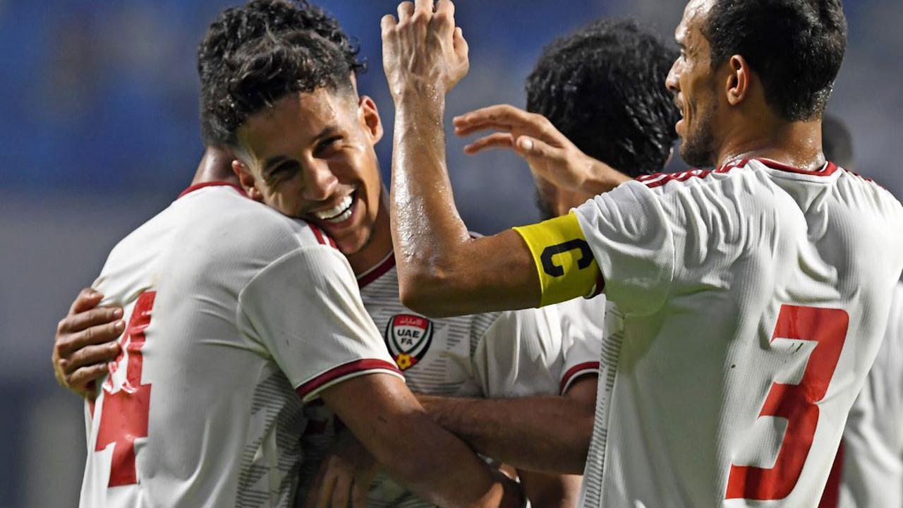 HLV đội tuyển UAE nói cứng, quyết đè bẹp Indonesia và đập tan giấc mộng đầu bảng của Việt Nam - Ảnh 1.