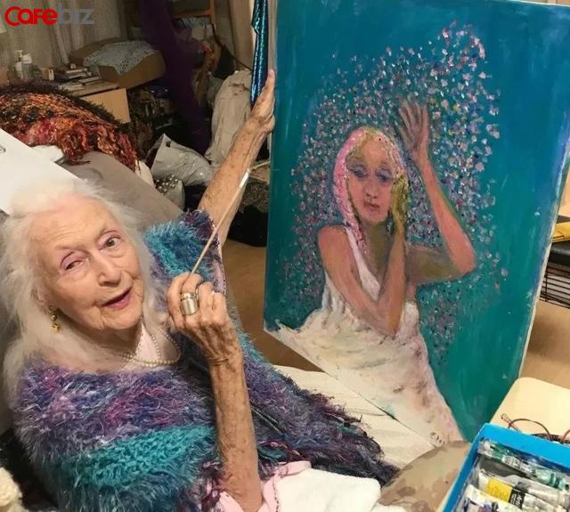 Bí quyết sống thọ của cụ bà 106 tuổi: Không kết hôn, không mua nhà, chỉ tập trung nhảy múa hưởng thụ cuộc sống - ảnh 1