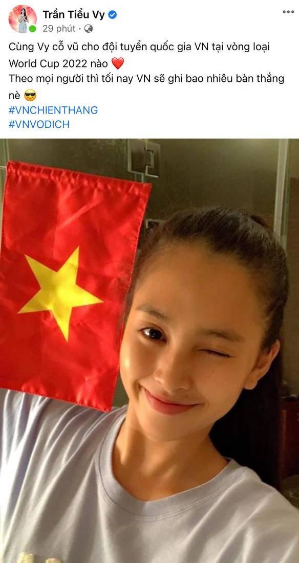 Xuân Hinh, Khánh Vân và dàn sao hừng hực khí thế cổ vũ tuyển Việt Nam: Tất cả đu trend đoán tỉ số, con gái Đông Nhi gây sốt - ảnh 3