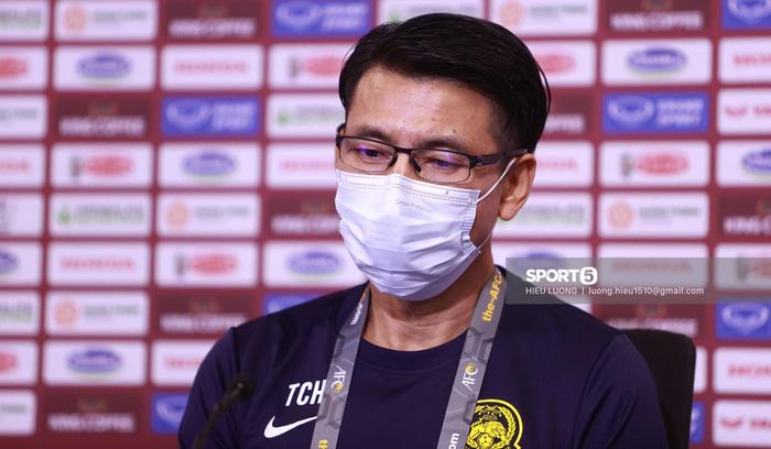 HLV tuyển Malaysia nhận tin cha qua đời ngay trước trận đấu với tuyển Việt Nam - Ảnh 1.