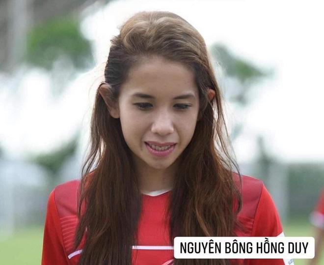 Hình ảnh các nữ cầu thủ ĐT Việt Nam khuấy đảo MXH, nhan sắc thầy Park gây bất ngờ nhất - ảnh 5
