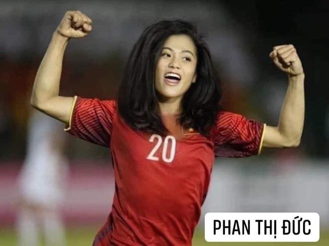 Hình ảnh các nữ cầu thủ ĐT Việt Nam khuấy đảo MXH, nhan sắc thầy Park gây bất ngờ nhất - ảnh 8