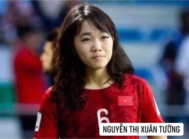 Hình ảnh các nữ cầu thủ ĐT Việt Nam khuấy đảo MXH, nhan sắc thầy Park gây bất ngờ nhất - ảnh 9