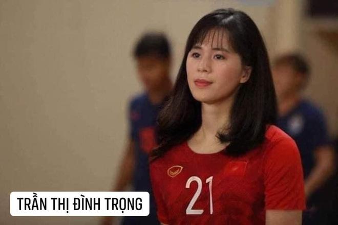Hình ảnh các nữ cầu thủ ĐT Việt Nam khuấy đảo MXH, nhan sắc thầy Park gây bất ngờ nhất - ảnh 10