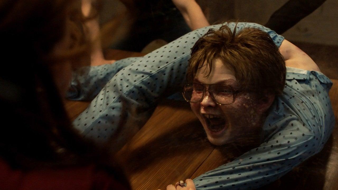 Cậu bé bị quỷ nhập ở The Conjuring 3 có cuộc sống ra sao ngoài đời? Gia đình hé lộ mặt tối của sự thật gây sốc - Ảnh 4.