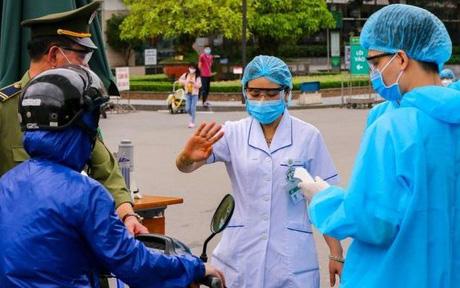 Khẩn: Sở Y tế TP.HCM yêu cầu nhân viên y tế chỉ ở nhà sau giờ làm