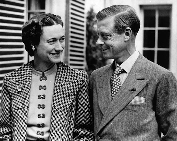 Mối tình hoàng gia huyền thoại nước Anh: Vị vua duy nhất thời hiện đại si tình đến mức từ bỏ cả ngai vàng để cưới người phụ nữ đã qua 2 lần đò - ảnh 8