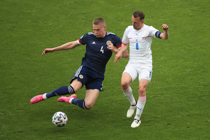Bàn thắng từ giữa sân giúp CH Czech nhấn chìm tuyển Scotland ở bảng D Euro 2020 - Ảnh 8.
