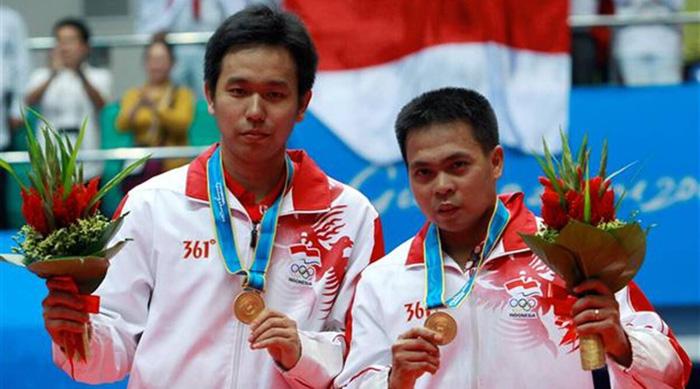 Huyền thoại cầu lông Indonesia ra đi ở tuổi 36 khi đang tập luyện trên chính sân cầu lông - Ảnh 2.