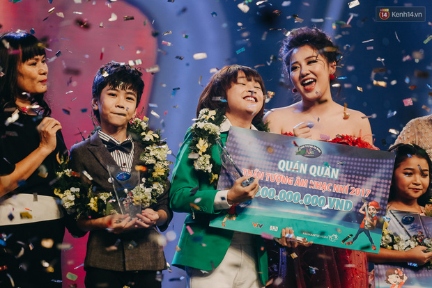 Thiên Khôi - Quán quân Vietnam Idol Kids với mái tóc Maika đáng yêu năm nào giờ đã lột xác, cao lớn phổng phao - ảnh 6