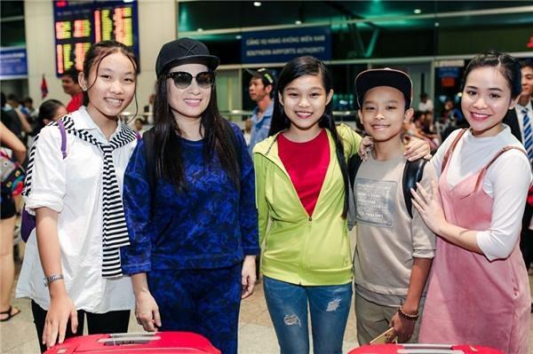 Điểm lại 4 giọng ca trẻ được Phi Nhung nhận nuôi sau các show thực tế - ảnh 1