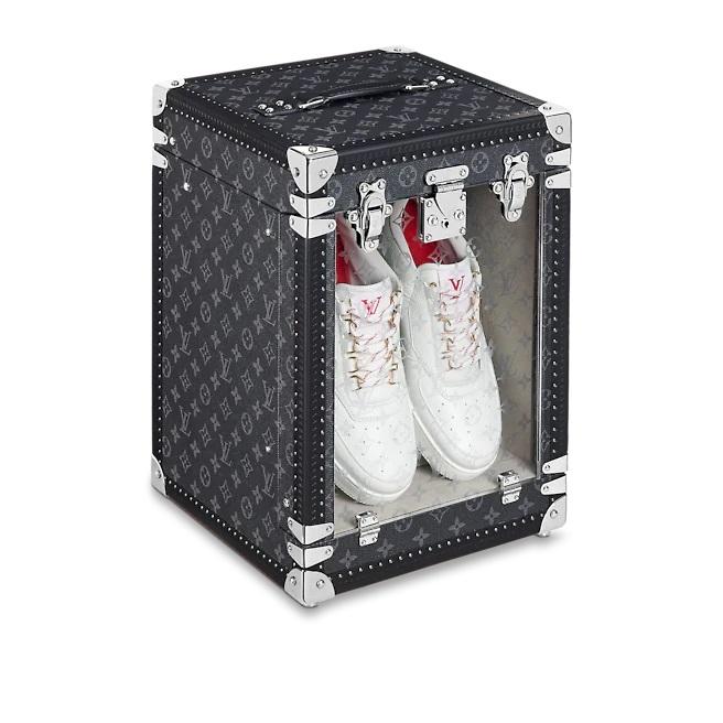 Louis Vuitton tung ra mẫu rương đựng giày xịn đét, giờ đây việc bảo quản giày cứ phải gọi là ở -  cái - tầm! - ảnh 4