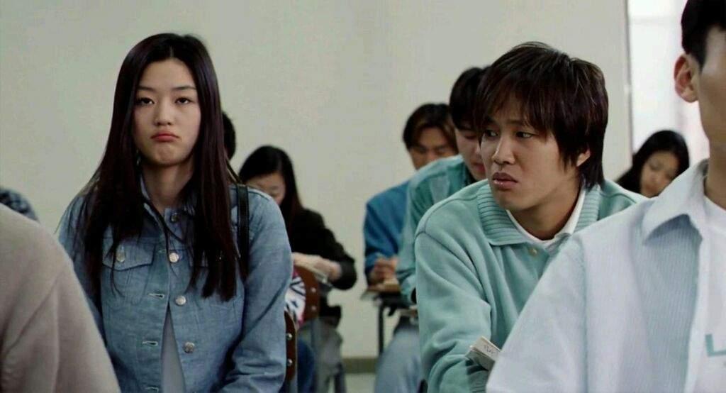 """Cặp đôi Cô Nàng Ngổ Ngáo sau 20 năm: Người thành """"mợ chảnh"""" đắt giá nhất màn ảnh Hàn, kẻ lao đao vì bê bối chấn động - Ảnh 1."""