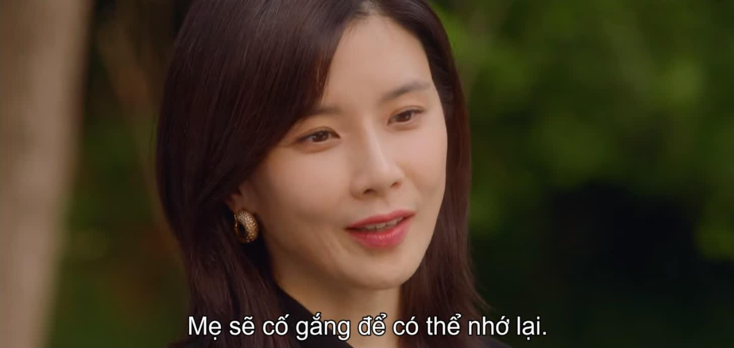 Mợ út Lee Bo Young mất trí nhớ, trùm phản diện Ji Yong chính thức lên bàn thờ ở Mine tập 13 - Ảnh 7.