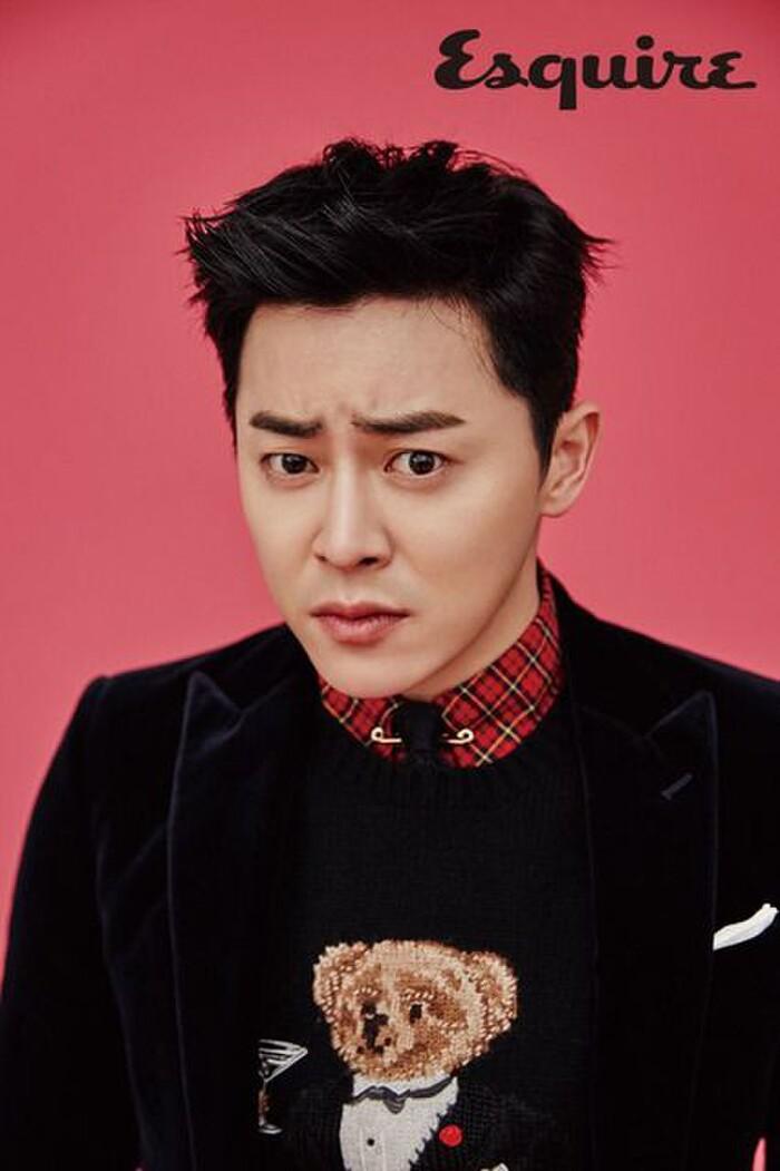 Thánh làm màu ở Hospital Playlist - Jo Jung Suk: Ngôi sao đi lên từ nghèo khó, tự nguyện cắt 7 tỷ tiền cát xê vì lý do không ai ngờ - Ảnh 5.