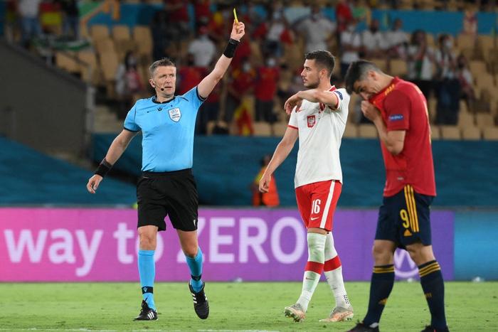 Phung phí hàng tá cơ hội, tuyển Tây Ban Nha bị Ba Lan cầm hoà, rơi vào thế sinh tử tại bảng E - Ảnh 8.